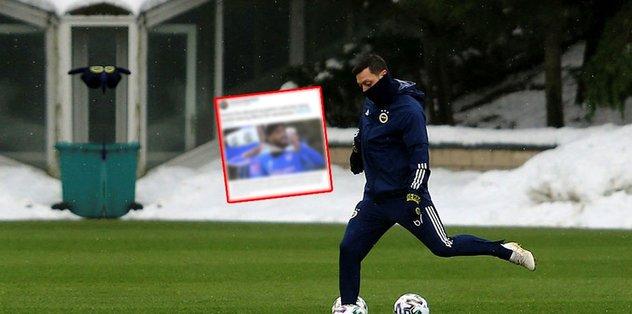 Mesut Özil İngiliz basınında gündem oldu! Lacazette…